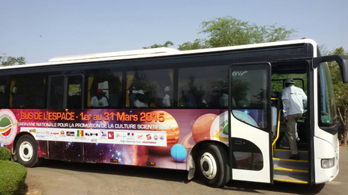 Space Bus programs, such as this one in Senegal, promote planetary and space sciences to the general public.