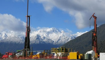 Researchers drill into New Zealand's Alpine Fault to better understand fault structure and earthquake physics