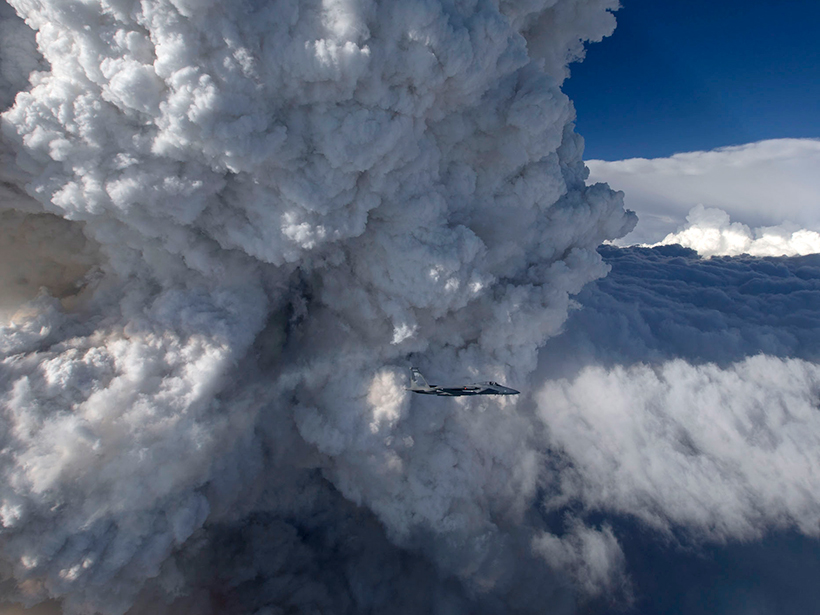 Pyrocumulus cloud photographed in the air
