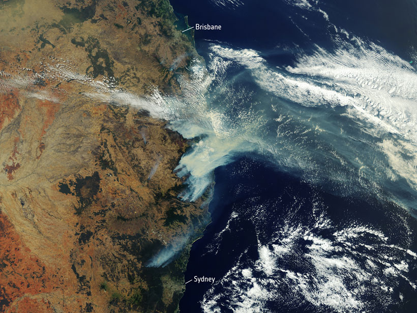 Smoke from fires along Australia's eastern coast billows out over the Tasman Sea in November 2019.