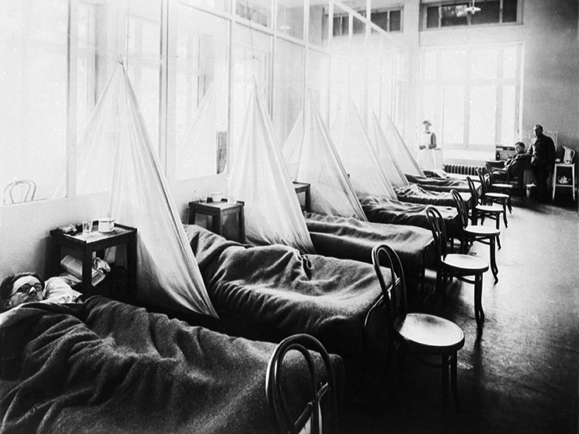 Image of American Expeditionary Force victims of the Spanish flu at a U.S. Army Camp Hospital in Aix-les-Bains, France, in 1918