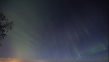 Image of dune aurora taken by a citizen scientist