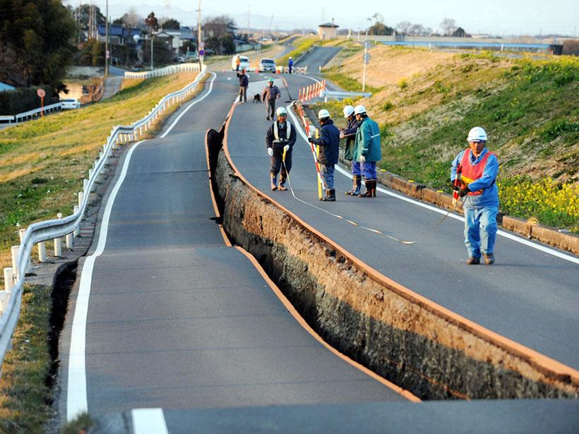 Aftermath of the 2011 Tōhoku-oki earthquake in Japan