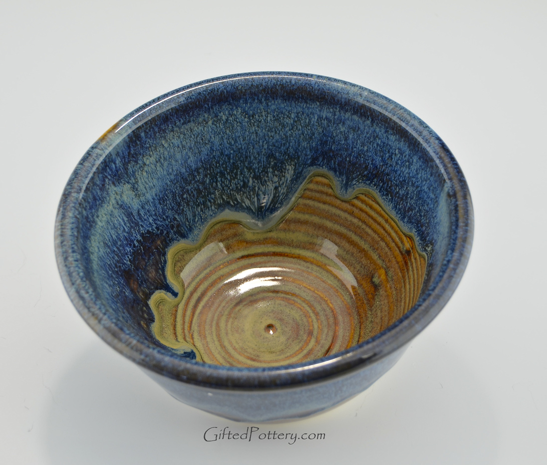 https://i2.wp.com/ep.yimg.com/ay/yhst-132015947435578/stoneware-pottery-small-serving-mixing-bowl-in-ocean-blue-glaze-11008-3.jpg