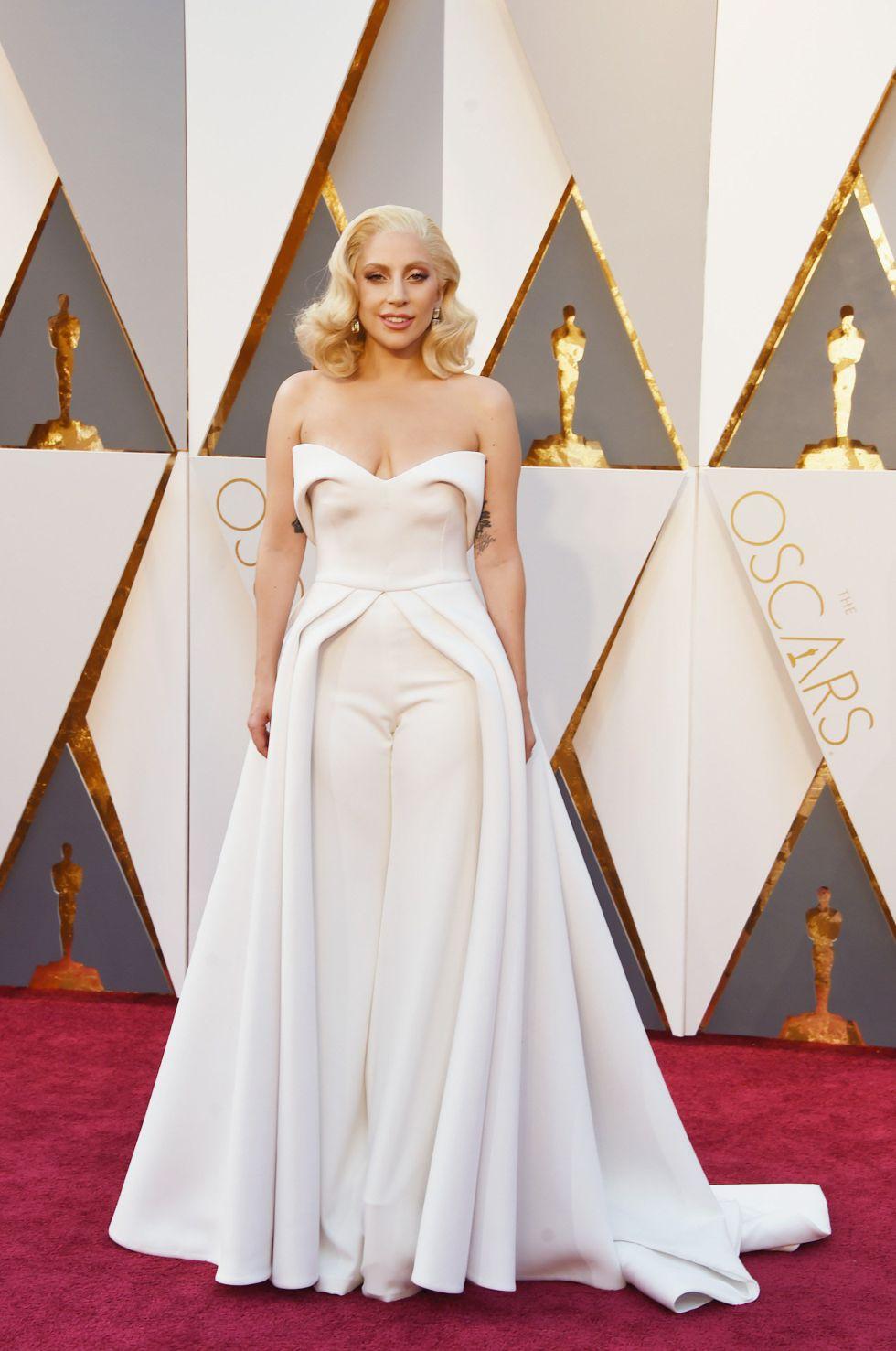 A cantora Lady Gaga no tapete vermelho