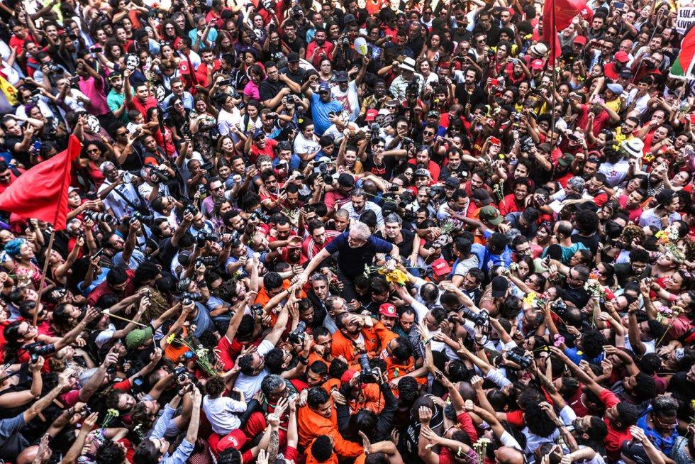 1554405053 400610 1554405389 album normal - SÃO PAULO E JOÃO PESSOA NO CIRCUITO: fotos de Lula são leiloadas e arrecadação passou de R$ 623 mil