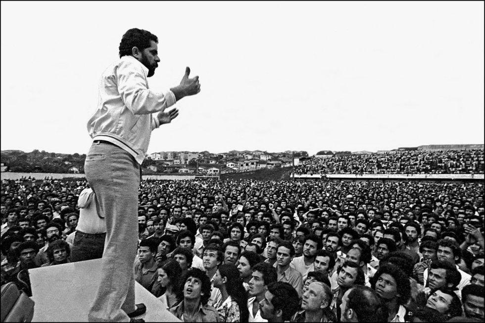 1554405053 400610 1554406087 album normal - SÃO PAULO E JOÃO PESSOA NO CIRCUITO: fotos de Lula são leiloadas e arrecadação passou de R$ 623 mil