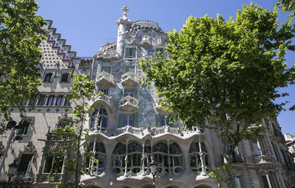La Casa Batlló recupera els colors del 1906