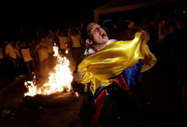 Resultado de imagen para violencia tras elecciones en ecuador