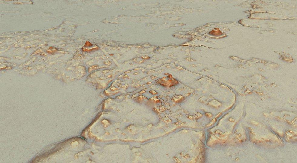 El descubrimiento ha sido posible gracias al láser utilizado, de tecnología LiDar, que emite pulsiones de luz que, al rebotar con las estructuras, revelan el relieve que se esconde bajo la superficie. Esta técnica, unida a un sistema de localización por GPS, ha permitido crear mapas 3D de la megalópolis sin perjudicar el manto selvático.