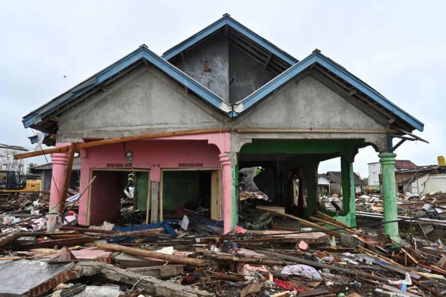 Una casa destruida tras el paso del tsunami en Sumur (Indonesia), el 25 de diciembre de 2018.