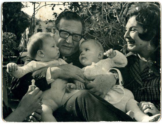Resultado de imagen para familia del presidente allende de chile
