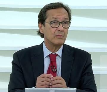 O economista Ricardo Carneiro.