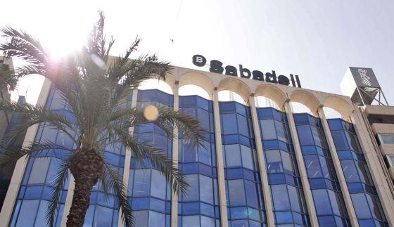 Oficina del Banco Sabadell en Alicante.