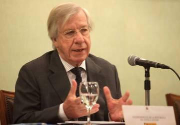 Danilo Astori, ministro da Economia do Uruguai