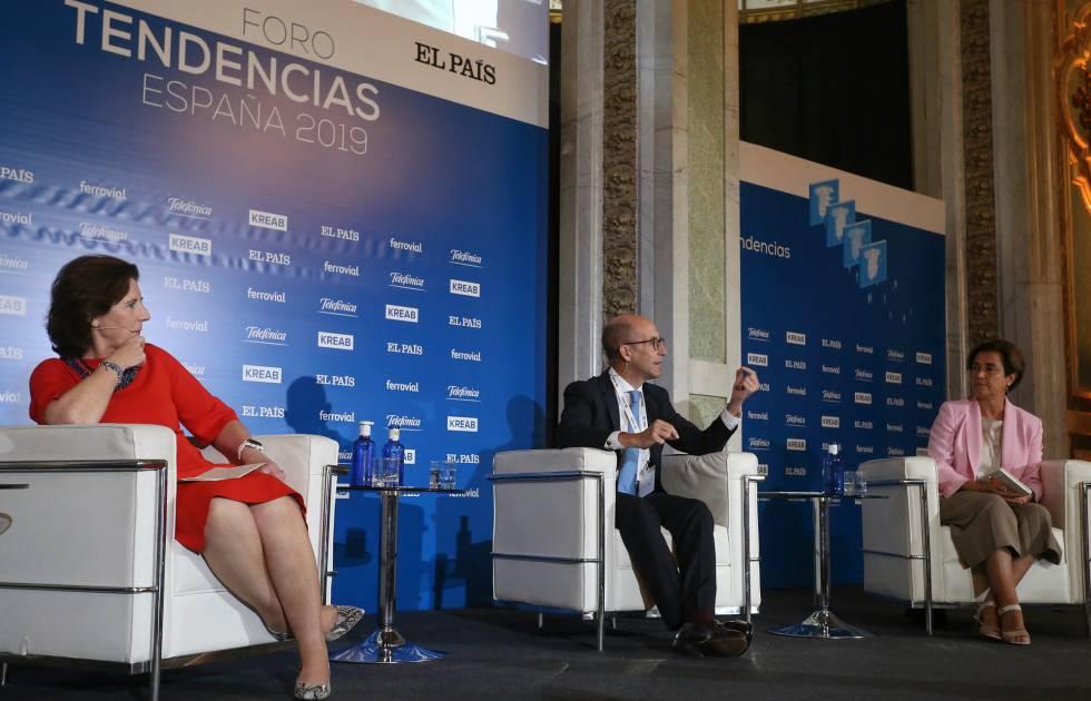 Helena Herrero, Daniel Carreño y Ángeles Santamaría.