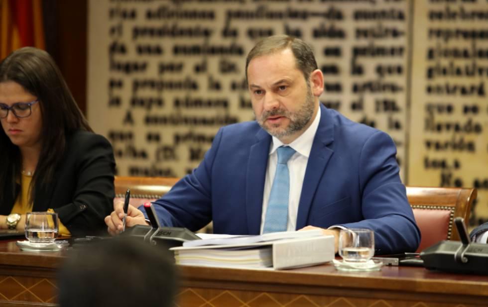 El ministro de Fomento, José Luis Ábalos, en en el Senado, el pasado 27 de noviembre.