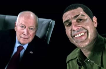 Dick Cheney y Sacha Baron Cohen (caracterizado de soldado israelí que ama las armas) durante la grabación de 'Who is America?'.