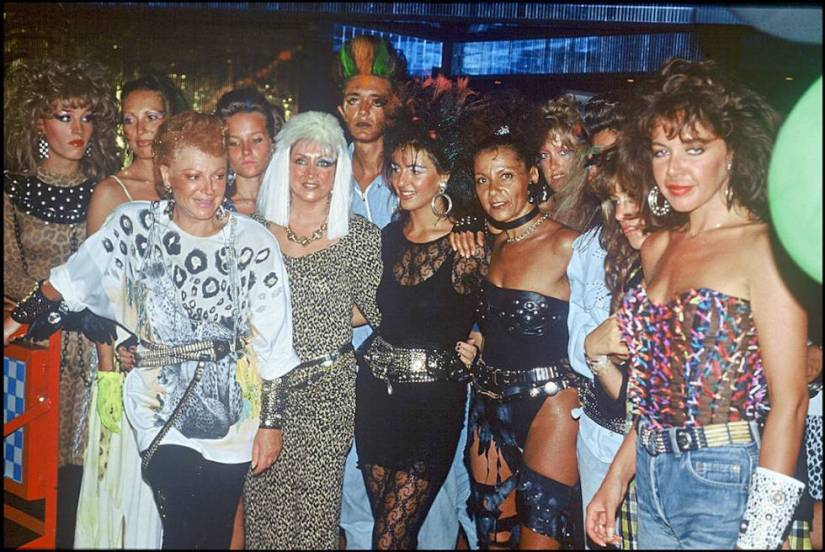 Print of the 'Vogue' party organized at the Regine club in Paris in 1981.