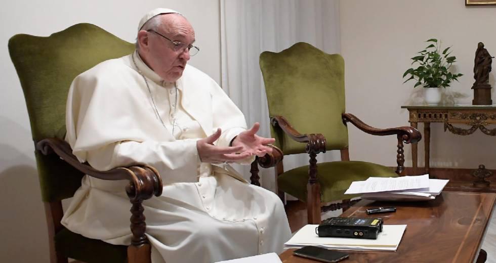El papa Francisco, durante la entrevista que tuvo lugar este viernes.