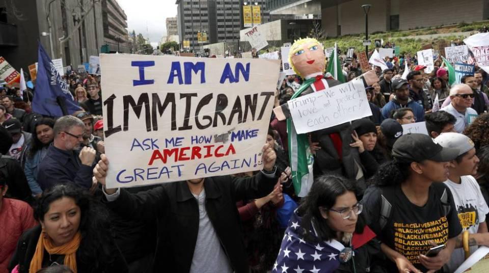 Protesta en Los Ángeles contra Trump, el sábado.