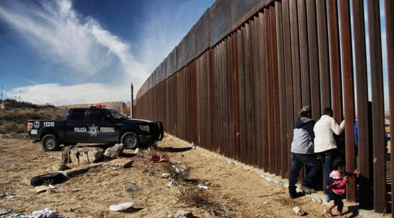 Un tramo de la frontera entre Estados Unidos y México, donde Trump planea construir un muro.