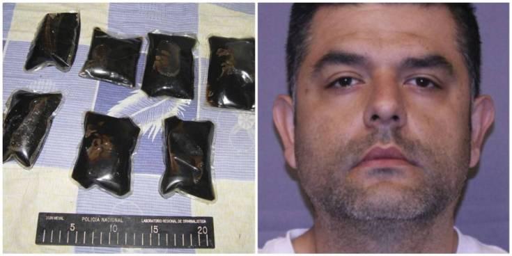 A la izquierda, las bolsas de droga; a la derecha, Andrés López Elorez.