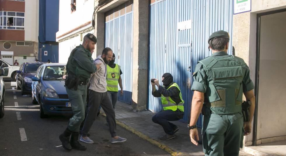 Imagen de archivo de la detención de un presunto yihadista en Canarias.