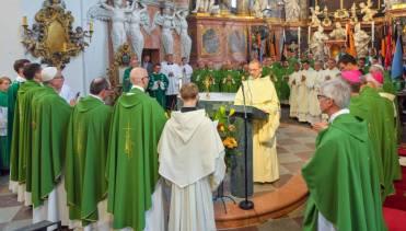 El Papa convoca a los presidentes de todas las conferencias episcopales para atajar los abusos sexuales