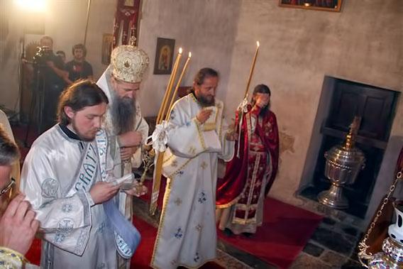 Владика Јоаникије на Недјељу Свих Светих служио у манастиру Ђурђеви Ступови