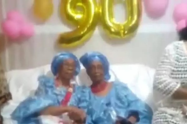 80years of friendship: An Igbo woman and another woman from Maiduguri who have been friends for 80 years celebrate as one of them turns 90 (video)