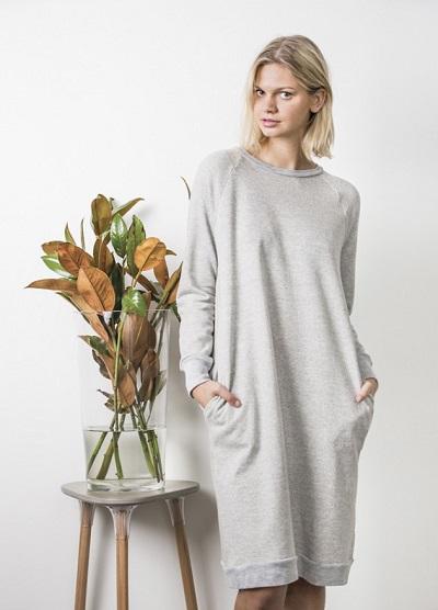 Трикотажное платье из футера
