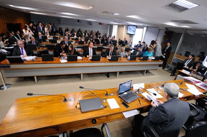 O projeto foi aprovado na CAE com pedido de urgência para análise pelo Plenário - Edilson Rodrigues/Agência Senado