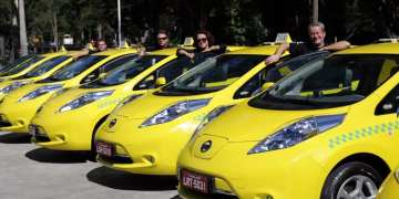 Projeto incentiva compra de carro elétrico por taxista e pessoa com deficiência Foto: Ricardo Cassiano/Prefeitura RJ