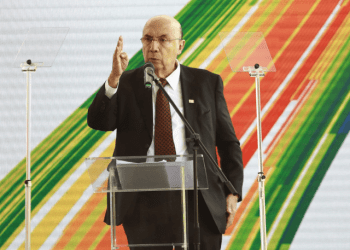 Pré-candidato de Temer, Henrique Meirelles entra na disputa pelas pautas de energia. Foto:  Neto Souza