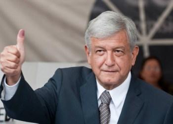Lópes Obrador é o favorito na corrida eleitoral