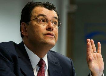 Senador Eduardo Braga faz acordo com líder do governo e impede votação do PL das distribuidoras no Senado nesta semana / Foto: Marcelo Camargo - Agência Brasil