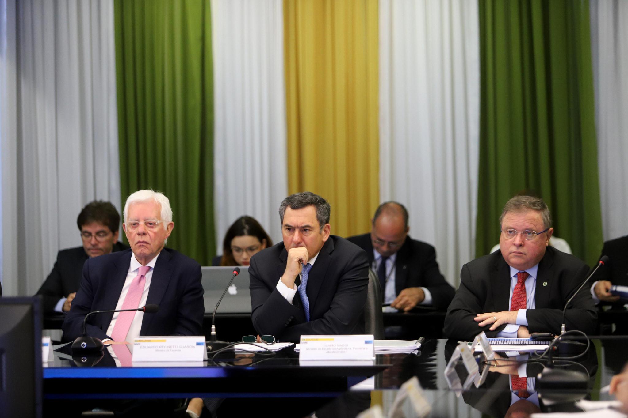 Resultado de imagem para União deve ter que pagar Petrobras em espécie pela revisão da cessão onerosa