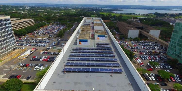 Usina solar do Ministério de Minas e Energia. Brasília/Distrito Federal. Crédito: Samuca Melo/PR