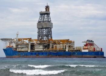 Ocean Rig Paros - Schahin Serrado (Cees Bustraan, Shipspotting)