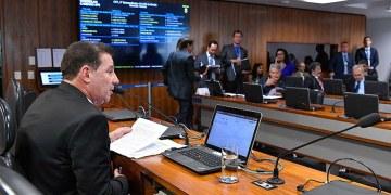 O senador Vanderlan Cardoso (PP-GO), presidente da CCT, acredita que o potencial das Pequenas Centrais Hidrelétricas (PCH) deve ser avaliado. Foto: Geraldo Magela/Agência Senado