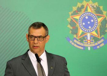 O porta-voz da Presidência da República, Otávio do Rêgo Barros, fala à imprensa.