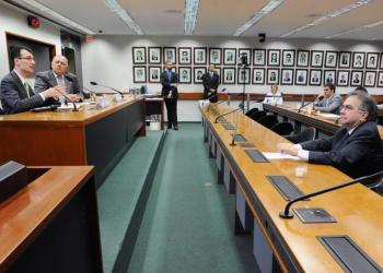 Audiência pública sobre o desenvolvimento da energia solar fotovoltaica no Brasil. Foto: Cleia Viana/Câmara dos Deputados
