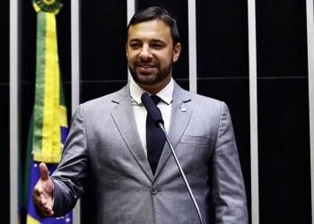 Daniel Freitas quer cortar impostos sobre importações de carros elétricos / Foto: Agência Câmara