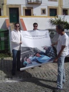 Transformação Independente de Castelo de Vide Acção de Campanha no Conc. de Castelo de Vide Cartazes Colagem de Cartazes