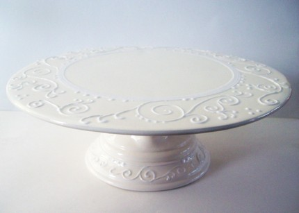 Ceramic Cake Stands – The Head's Creation