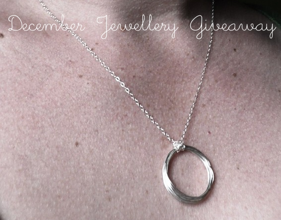 December Jewellery Giveaway + Winners