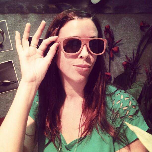 jess van den wearing alejandro eyewear