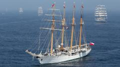 Sail 2015 esmeralda