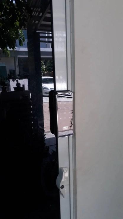 Digital door lock สำหรับประตูบานเลื่อนแบบอลูมิเนียม เลื่อนชิดมุม